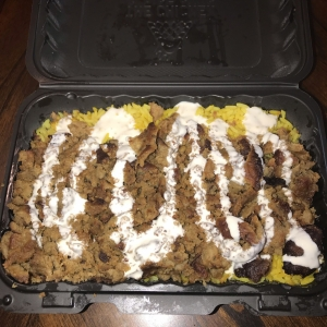 Large Rice Plate with Hala Beef and Creamy Garlic Sauce - The Chicken & Rice Guys